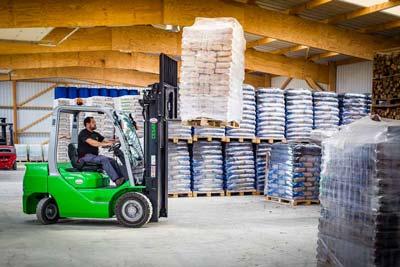 Livraison fuel / bois de chauffage et bois densifié